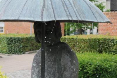Paraplypigen i Sakskøbing
